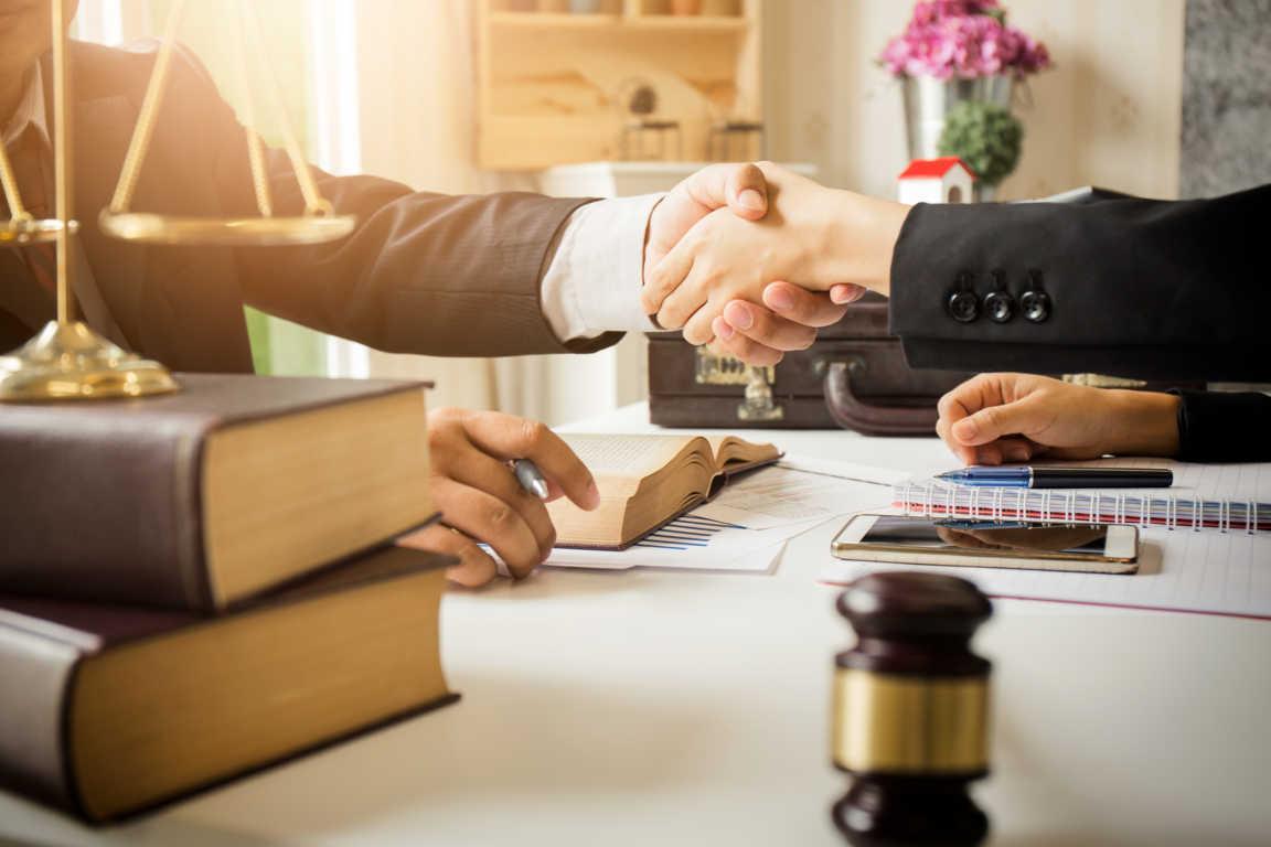 Consejos para contratar un abogado
